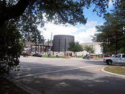 Houstonholocaustmuseum.jpg