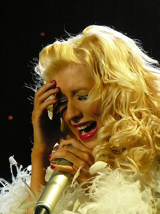 """Hurt (Christina Aguilera song) - Aguilera performing """"Hurt"""" on her Back to Basics Tour in 2006"""