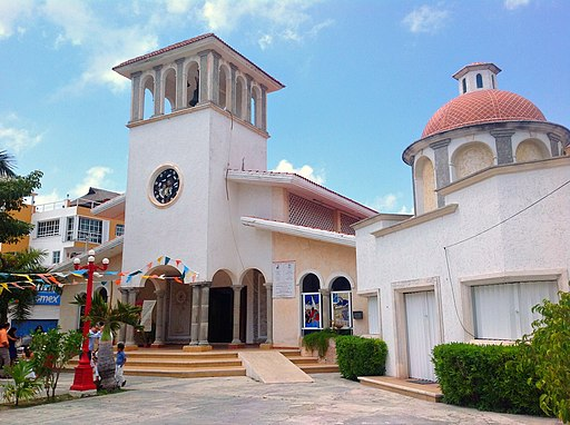 Iglesia de Puerto Morelos. - panoramio where to stay in cancun