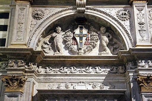 Il Marrina, prospetto marmoreo della cappella Piccolomini