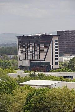 Hotels Near War Memorial Stadium
