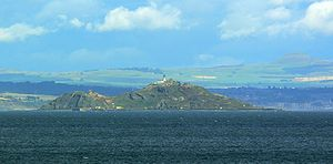 Inchkeith Island from Portobello.jpg