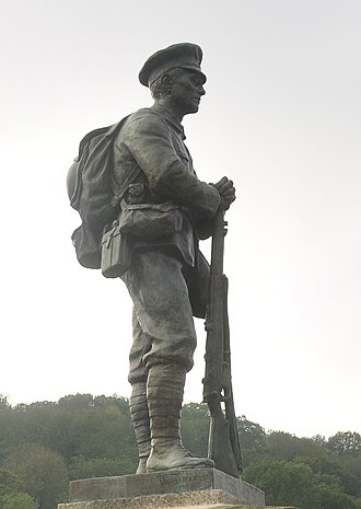 Arthur George Walker - Image: Ironbridge war memorial (8529) (cropped)