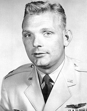 Iven Carl Kincheloe Jr. - Image: Iven Kincheloe photo portrait head and shoulders