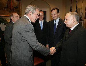 Jarosław Kaczyński - Polish Prime Minister Jarosław Kaczyński with U.S. President George W. Bush