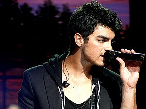 Joe Jonas - Joe Jonas performing live, September 2010