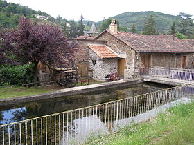 Retenue d'eau de l'ancien moulin.