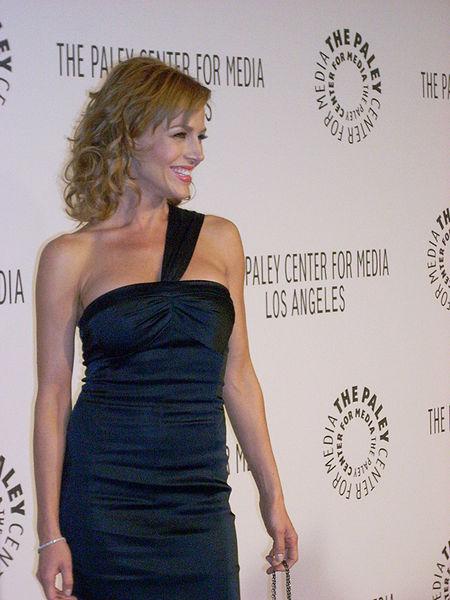 File:Julie Benz at Paley Center Gala.jpg