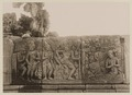 KITLV 40035 - Kassian Céphas - Reliefs on the terrace of the Shiva temple of Prambanan near Yogyakarta - 1889-1890.tif