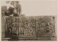 KITLV 40035 - Kassian Céphas - Reliefs on the terrace of the Shiva temple of Prambanan near Yogyakarta - 1889-1890.tif
