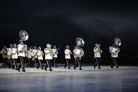 Members of the Kaartin soittokunta of the Finnish Armed Forces, perform at the Sweden International Tattoo. Kaartin soittokunta Sweden International Tattoo -tapahtumassa Malmossa.jpg