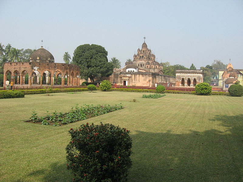 File:Kalna Temple Complex by Piyal Kundu.jpg
