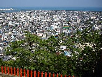 Shingū, Wakayama - Skyline of Shingū viewed from Kamikura Shrine