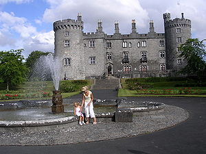 Kilkenny - Kilkenny Castle, the signature symbol of the Medieval city