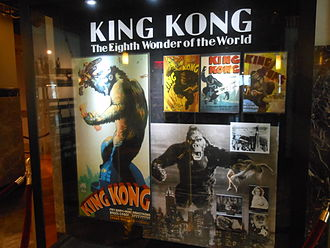 King Kong - King Kong graphics at Empire State Building