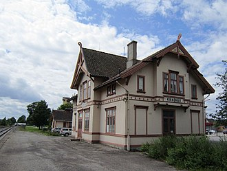 Solør Line - Kirkenær Station—designed in Swiss chalet style by Paul Due—has not seen passenger traffic since 1994, but remains manned to operate the passing loop