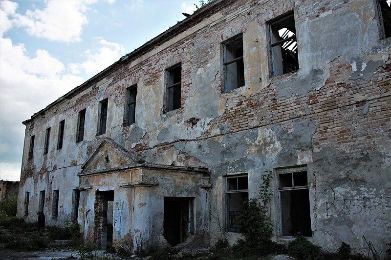 Замок, Клевань, Рівненська область. Авторка Xsandriel, вільна ліцензія CC BY-SA 4.0