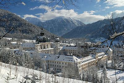 Kloster Ettal Winter.jpg