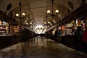"""Tržnice """"Sukiennice"""" na krakovském Rynku"""