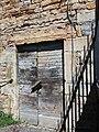La Mulatière - Quai Jean-Jacques Rousseau - Bâtiment en pierres dorées - Porte.jpg