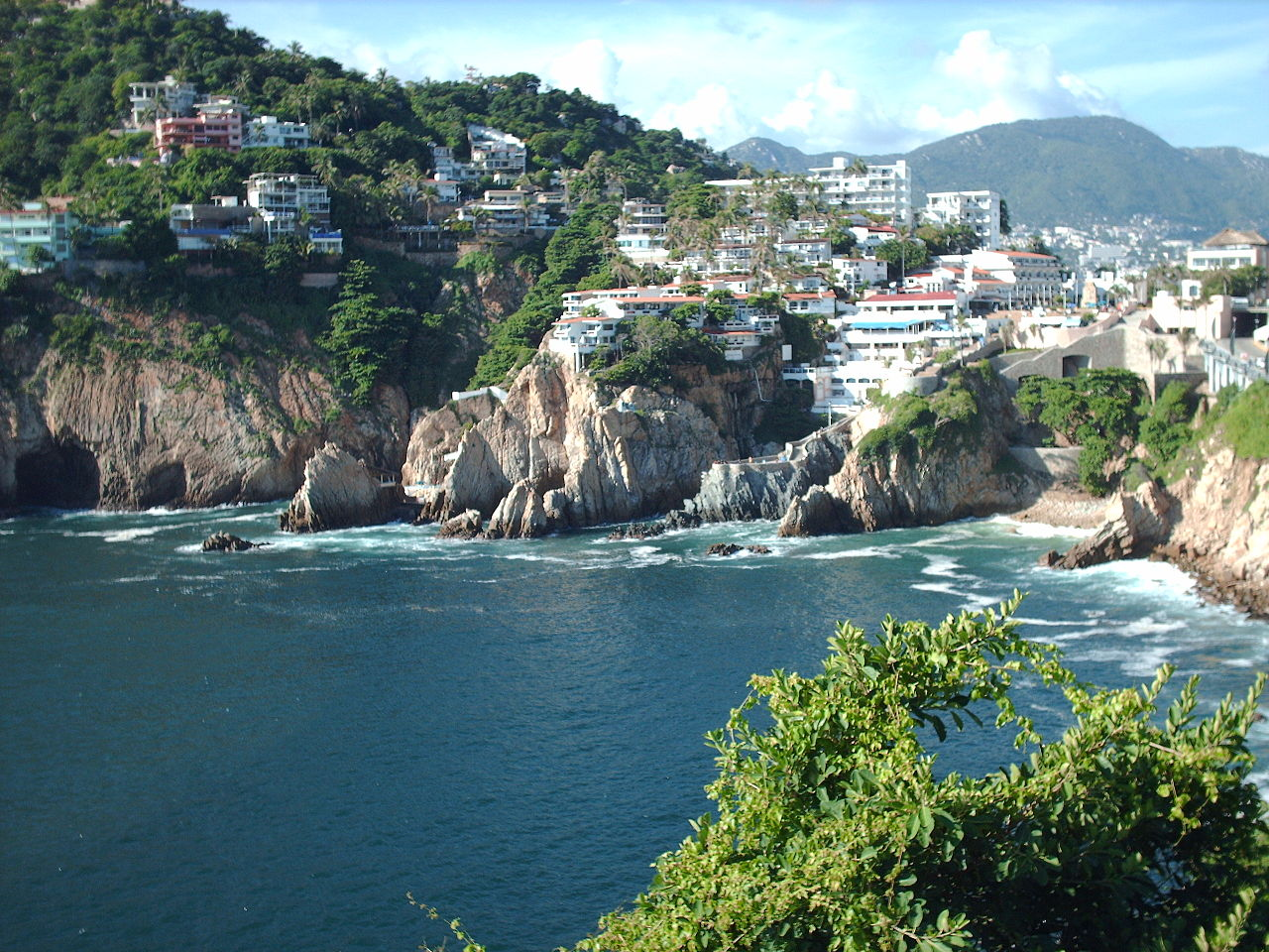 File La Quebrada From Sinfonia Del Mar In Acapulco Mexico Jpg Wikimedia Commons