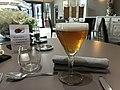La Table des Dombes - verre de bière.JPG