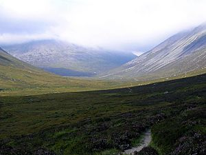 Lairig Ghru - From Corrour, roughly N towards the head of Glen Dee and the hanging valley