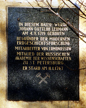 Johann Gottlob Lehmann (scientist) - Memorial plaque of Johann Gottlob Lehmann on his birthplace in Langenhennersdorf in Saxony, Germany