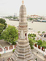 Lascar Detail of one of the smaller Prangs - Wat Arun (4509144645).jpg