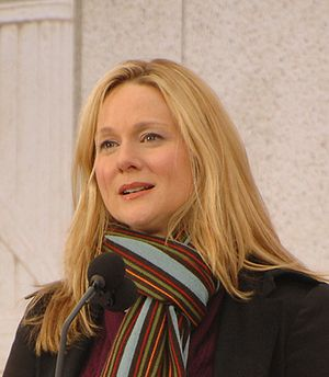 Laura Linney at the Lincoln Memorial on the Na...
