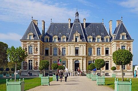 The entrance to the Château de Sceaux during the European Heritage Days 2020, Sceaux, France.