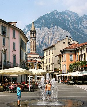 Lecco - Piazza XX Settembre, in the centre of the town, and the San Martino mountain.