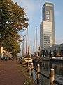 Leeuwarden, Achmea toren met binnenvaartschepen foto2 2009-09-19 18.25.JPG