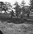 Legeroefening in Duitsland. Stormaanval Bren-schutters, Bestanddeelnr 913-0489.jpg