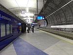 Lentoasema railway station platform 2.JPG