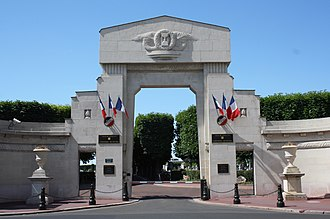 Levallois-Perret Cemetery - Entrance of Levallois-Perret Cemetery