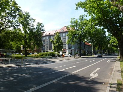 How to get to Unter Den Eichen with public transit - About the place