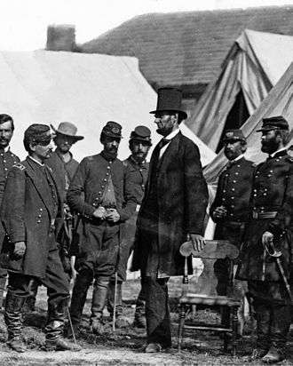 Heights of presidents and presidential candidates of the United States - President Lincoln at Antietam with a group of Army officers