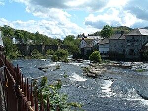River Dee, Wales - River Dee at Llangollen