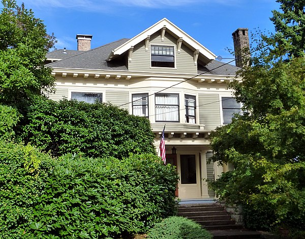 Colonial Revival Architecture In Oregon
