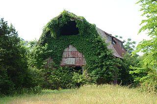 Louis N. Hilger Homestead, Livestock Barn