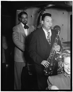 Al McKibbon con Lucky Thompson e Hilda A. Taylora a New York nel 1948
