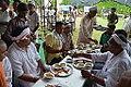Lunching Bhaktas - Rawatpura Sarkar Ashram - Chitrakoot - Satna 2014-07-05 6441.JPG