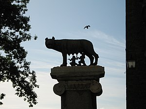 Capitoline she-wolf, Romulus and Remus, Roman ...