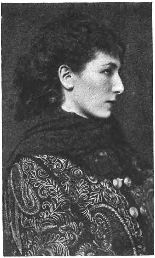 SARAH BERNHARDT À SES DÉBUTS.