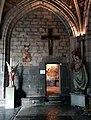 Maastricht, OLV-basiliek, kruisgang, ingang schatkamer.jpg