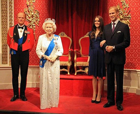 Меган Маркл официально присоединяется к Kоролевской семье в форме восковой фигуры в Музее мадам Тюссо