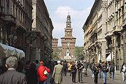 Via Dante und das Castello Sforzesco