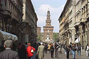 Via Dante - Via Dante leads directly towards the Castello Sforzesco.