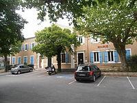 Mairie et salle des fêtes.JPG